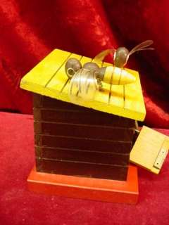 1950s WOODEN HONEY BEE STILL BANK Money Makes Honey