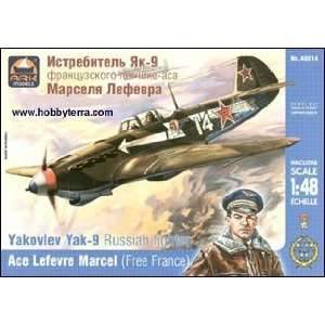 ARK MODELS   1/48 Yak9 WWII Russian Fighter (Ace Pilot L