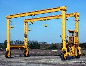 Travel Lift Mobile Gantry Crane 12.5 Ton Capacity 30 ft between Wheels