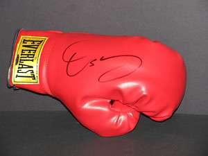 OSCAR DE LA HOYA The Golden Boy Signed Everlast Boxing Glove   Auto