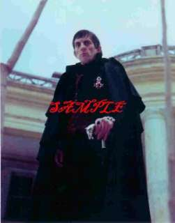 DARK SHADOWS JONATHAN FRID PHOTO CAPE TIE LOOKING DOWN