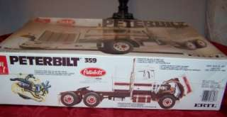 PETERBILT 359 SEMI TRUCK VINTAGE PLASTIC MODEL KIT AMT ERTL 1/25 SCALE