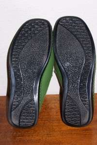 WOMENS GUANXUAN Green MULES Clogs LEATHER SHOES 9 1/2