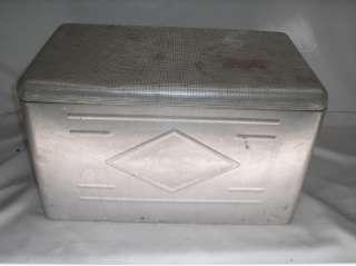 Old Vtg WESTERN FIELD Gun Aluminum Cooler Ice Chest Box Advertising