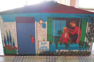 Vintage ~1960s~ Barbie & Skipper Deluxe House & Storage Case