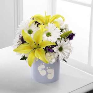 FTD Sweet Dreams Bouquet   SWB Boy   Flower Delivery