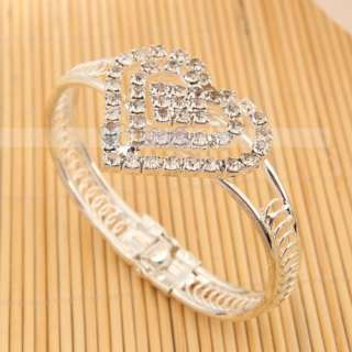 Elegant Pretty Heart shaped Rhinestone Bangle Bracelet