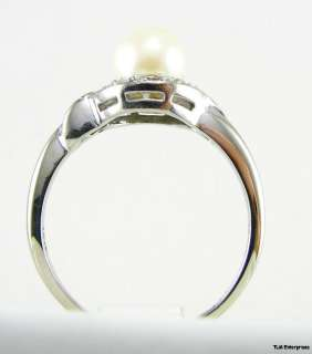 PEARL & DIAMOND Fashion RING   14K White GOLD Modern