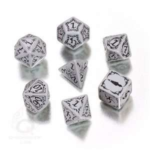 Q Workshop Polyhedral 7 Die Set Carved Gray & Black
