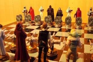 Star Wars 3 D Chess Game Schachspiel Original verpackt NEU