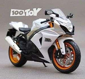 112 SUZUKI GSX 1000R DIECAST MOTORCYCLE