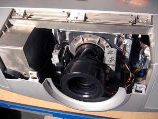 SANYO PRO XTRAX PLC XF45 videoprojecteur 10000 lumens