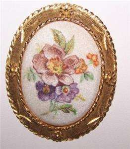Vintage Pin Brooch Handpainted Gold Filigree Trim