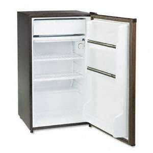 o Sanyo o   Counter Height, 3.6 cu. ft. Refrigerator