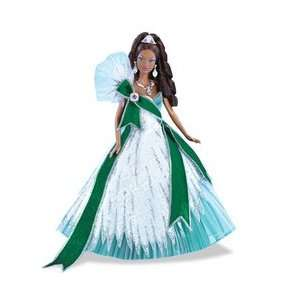 2005 Holiday Barbie   Emerald (Ethnic) Toys & Games