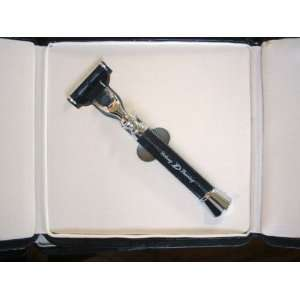 DE LONG 3 Blades Razor Gift made with High Quality Health