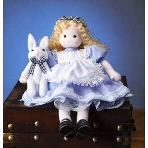 Alice in Wonderland Collectible Musical Doll   Plays Fur Elise while