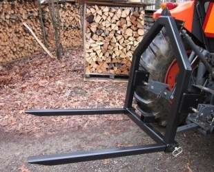 FORKLIFT, LOG SKIDDER & more!   FarmIt! attachment for tractors 3