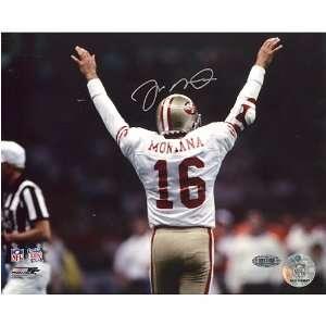 Joe Montana San Francisco 49ers   SB XXIV Arms Raised   Autographed