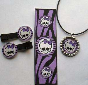 Monster High Party Favor Set Hair Clip Bottlecap Necklace Bookmark