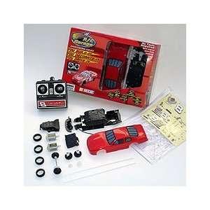 Front Runners R/C Garage Radio Control Car Kit Toys & Games
