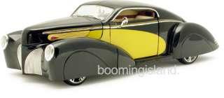 Hood Custom Engine. Spare Tire Functional Trunk Wood grain dash board